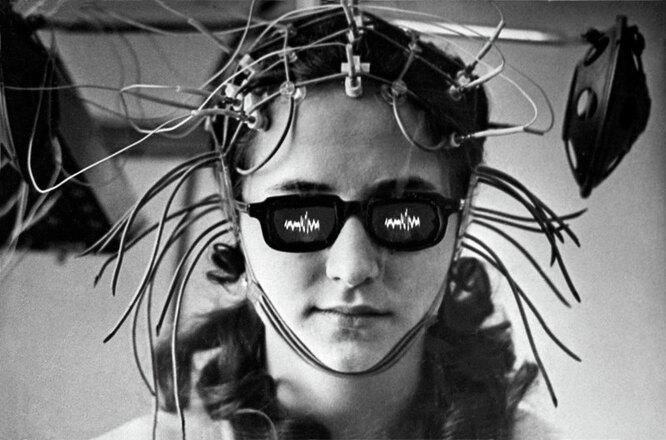 Лечение болезней мозга с помощью вживленных электродов по методу академика АМН СССР, нейрофизиолога Натальи Бехтеревой