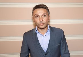 «Я не сразу тебя полюбил»: Леонид Барац трогательно поздравил 25-летнюю дочь