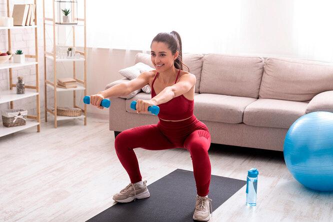 И спереди, исзади: самые эффективные упражнения дляживота иягодиц