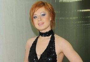 «Вам хорошо с длинными волосами»: Юлия Савичева показала новую прическу
