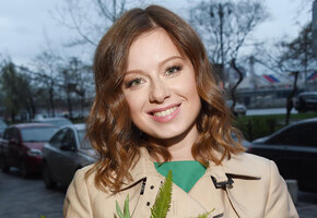 «Ушёл в угол и заплакал»: Юлия Савичева рассказала, каково быть её мужем