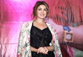 «Бессовестно красива»: Анастасия Макеева выложила эффектное фото в бикини
