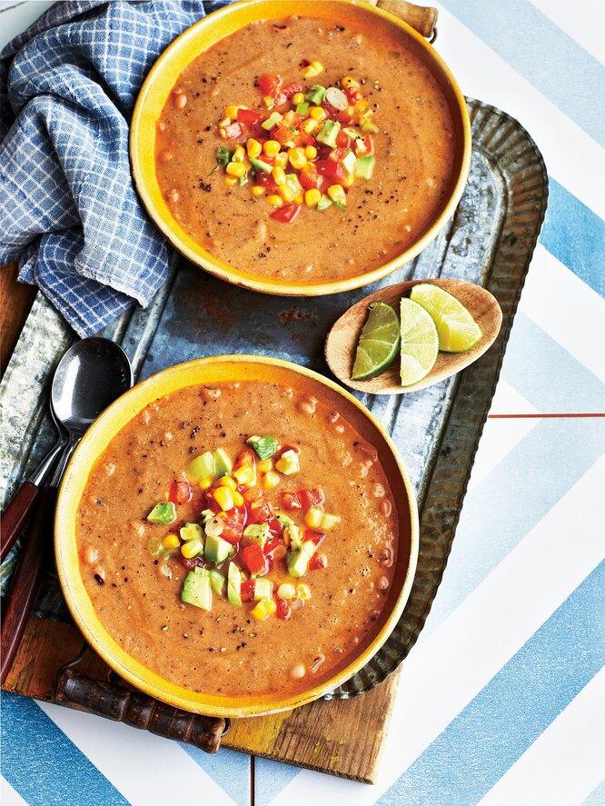 Фасолевый суп  в мексиканском стиле