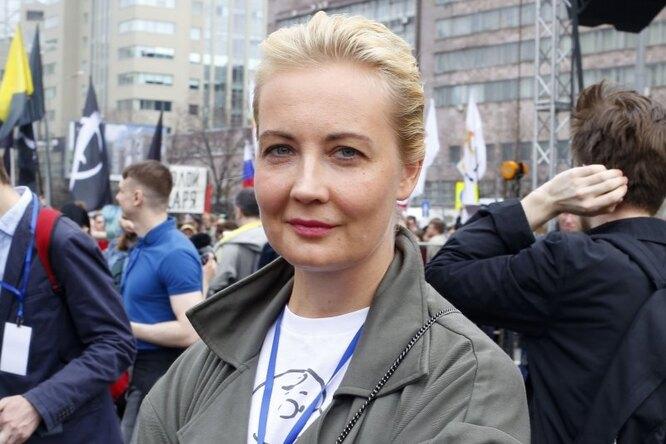 «Я очень тебя люблю». История Юлии Навальной — жены, которая небоится иверит
