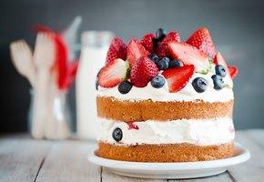 Справится даже ребенок! 10 идей простого декора для торта