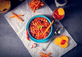 Рецепты звезд: Сара Джессика Паркер готовит чили