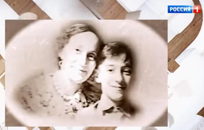 Геннадий Хазанов с матерью