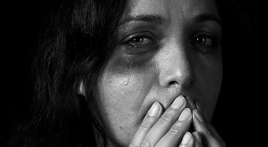 Помощь лучше разговоров: чего нестоит говорить одомашнем насилии