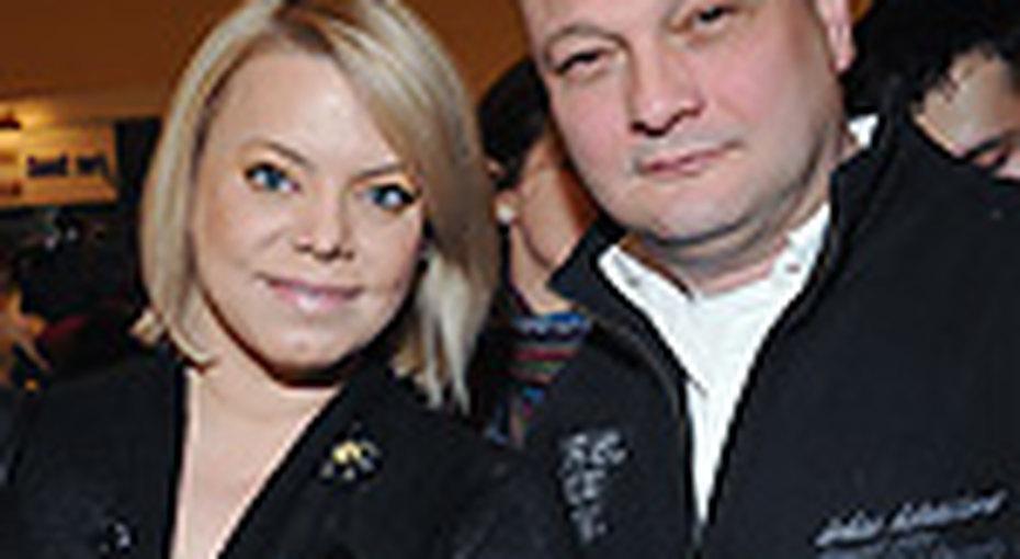 Яна Поплавская уходит отмужа
