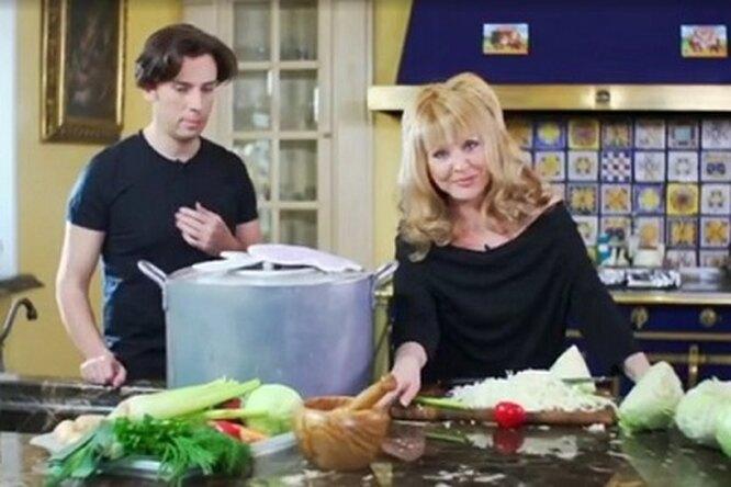 Максим Галкин показал, как Алла Пугачева готовит длясемьи