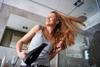 Подслушано всалоне красоты: 12 трюков, которые придадут объем волосам
