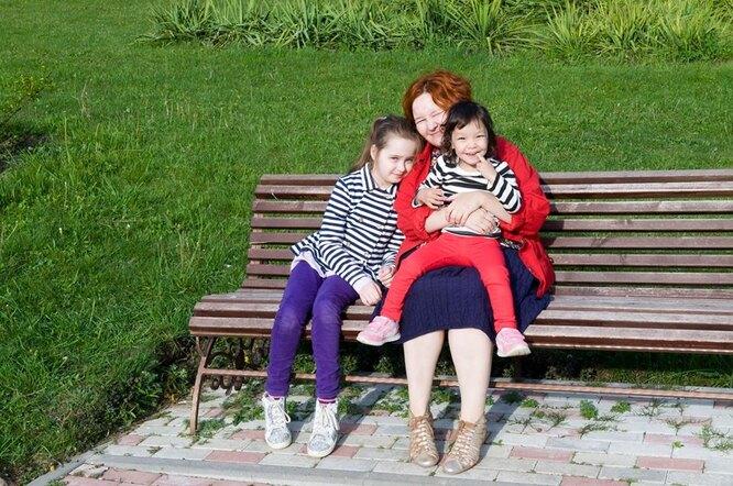 Ания с Биби и старшей дочкой