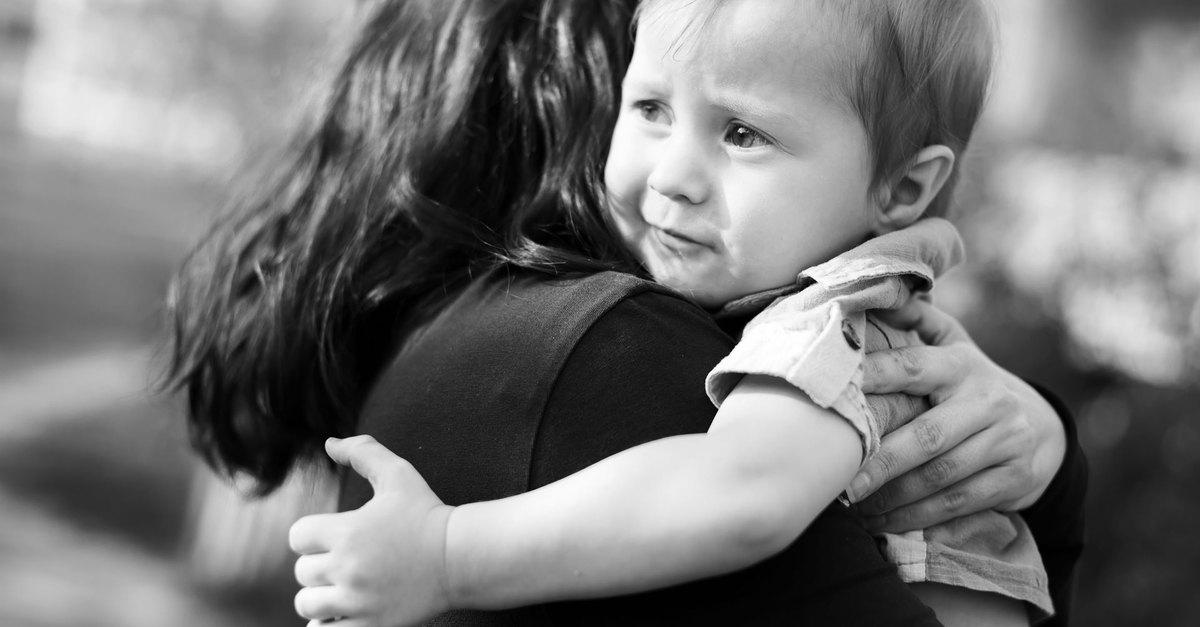 Бывший муж хочет забрать ребенка