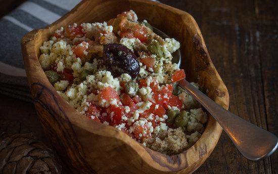 Дакос - греческий салат с острова Крит