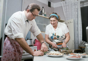 Как бы сыр и пицца на сметане: как хозяйки в СССР принимали неожиданных гостей