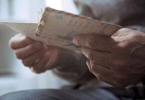 Ветеран ВМВ 12 лет хранил у сердца письмо от школьницы. И вот они встретились