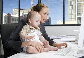 Почему работодатели отказывают в должности женщинам, которые воспитывают детей