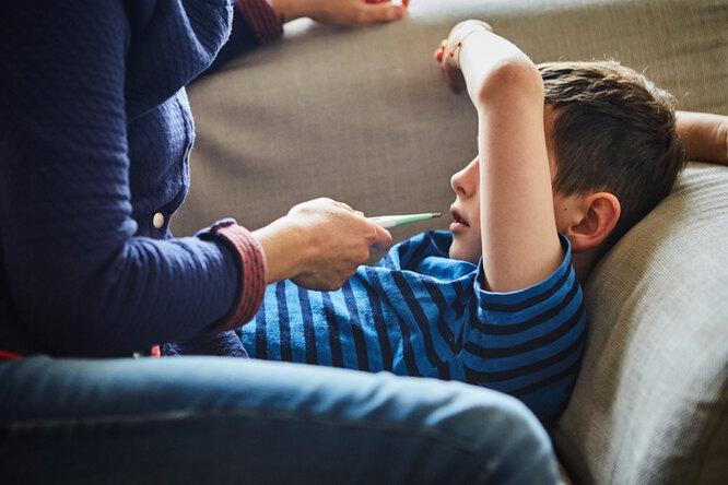 Зачем родители лечат здоровых детей? Три истории осиндроме Мюнхгаузена