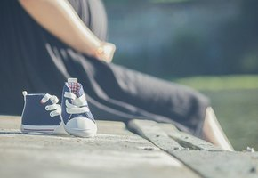 Беременную американку, раненную в живот, обвинили в убийстве плода