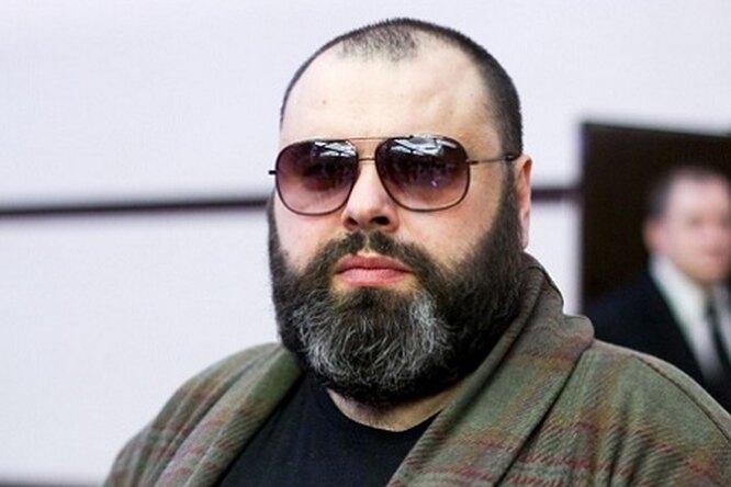 СМИ: Максим Фадеев теряет слух
