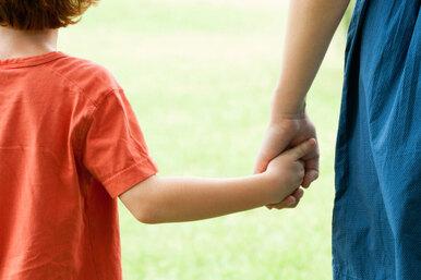 9 самых ужасных ошибок, которые делают мачехи иприемные родители