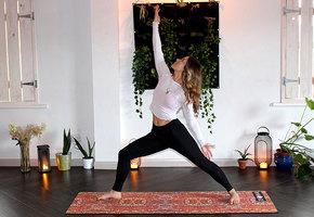 Йога дома. 5 простых приемов от головной боли