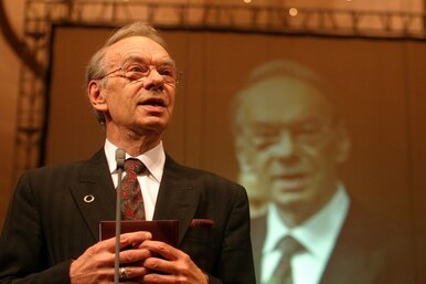 Администратор «Москонцерта» назвал Алексея Баталова отцом Марии Голубкиной