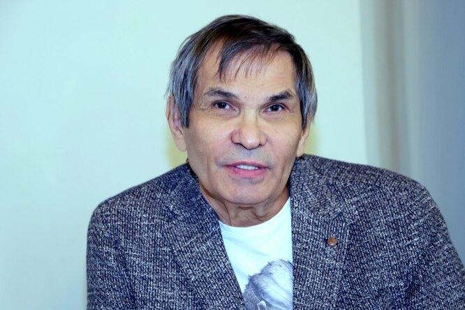 Сын Бари Алибасова рассказал осостоянии отца ипоказал фото изпалаты