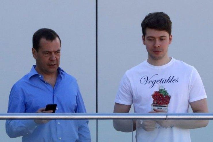 Дмитрий Медведев, Илья Медведев