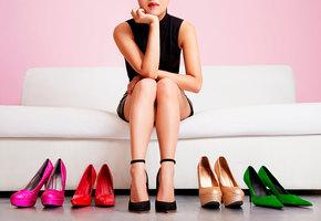 Каблуки вредны, а кроссовки полезны? Как врач комментирует мифы о здоровье ног