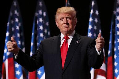 Рыжий, влюбленный: три супруги иеще шесть женщин Дональда Трампа