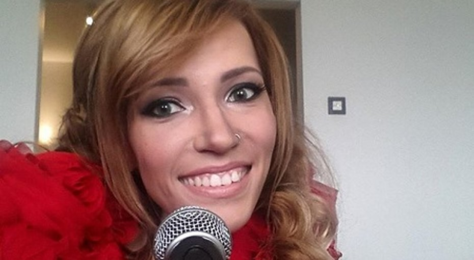 После резкой критики вСети конкурсантка «Евровидения» Юлия Самойлова решила уехать изРоссии