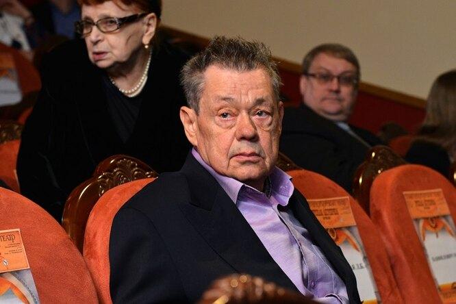 Жена исын Николая Караченцова прокомментировали помещение актера вреанимацию