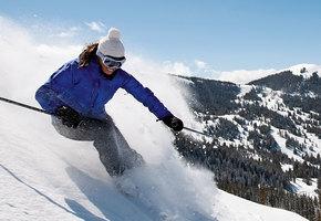 Вставать, кататься! Горные лыжи в марте - куда поехать?