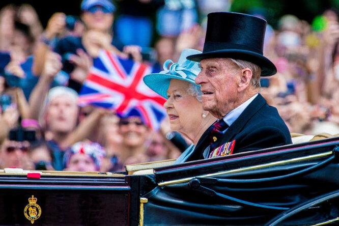 Елизавета II и принц Филипп состоят в браке более 70 лет