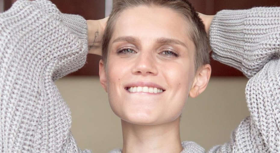 «Не надо так спешить выходить замуж ирожать»: Дарья Мельникова призналась, что поспешила сматеринством