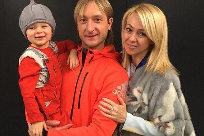 Яна Рудковская показала трогательное видео смужем итрехлетним сыном