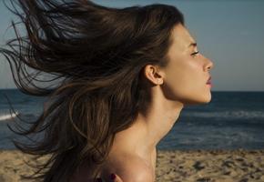 Без лишней воды: когда вам нужен сухой шампунь?