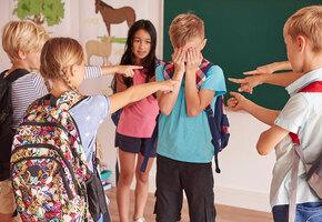 Школа без буллинга: 15 советов родителям, детям и учителям
