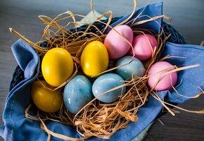 Красная капуста, куркума и свекла: как покрасить яйца к Пасхе