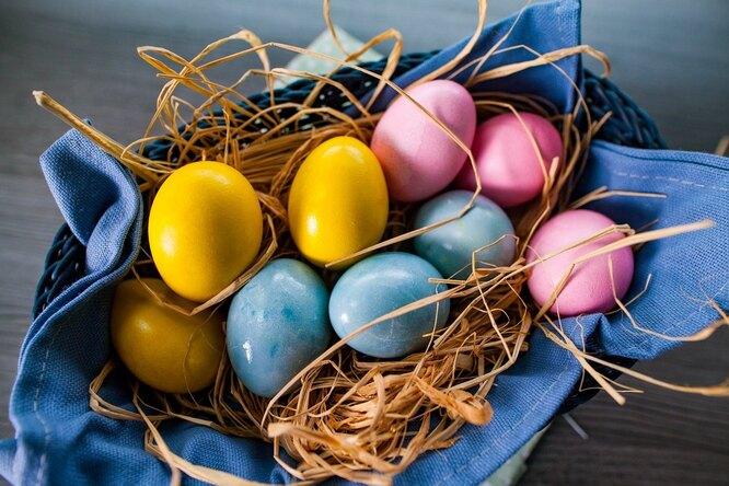 Красная капуста, куркума исвекла: как покрасить яйца кПасхе