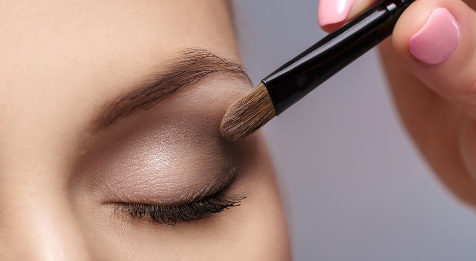 Как увеличить маленькие глаза спомощью макияжа? Семь несложных звездных приемов