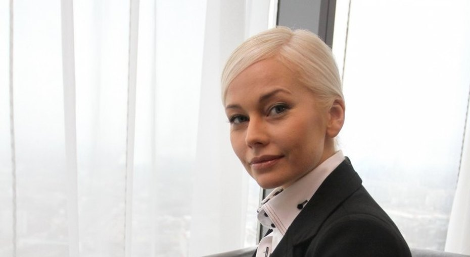 «Сексуальная ипрекрасная»: 47-летняя Елена Корикова продемонстрировала фигуру вбикини