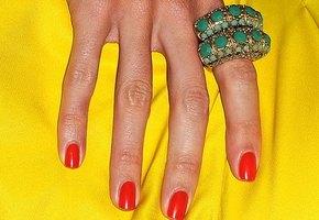 Что говорит о вас цвет лака для ногтей