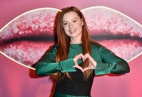 «Красивая и счастливая»: Юлия Савичева показала подросшую дочь