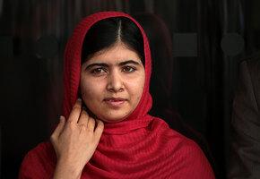 История Малалы, девочки, которая хотела учиться, а ее за это хотели убить