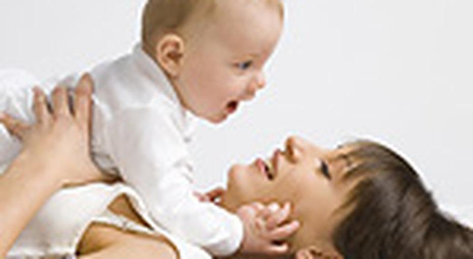 Новорожденного ненужно отнимать отматери