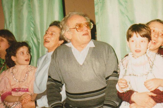 Виктор Столбун в детском коллективе в конце 90-х