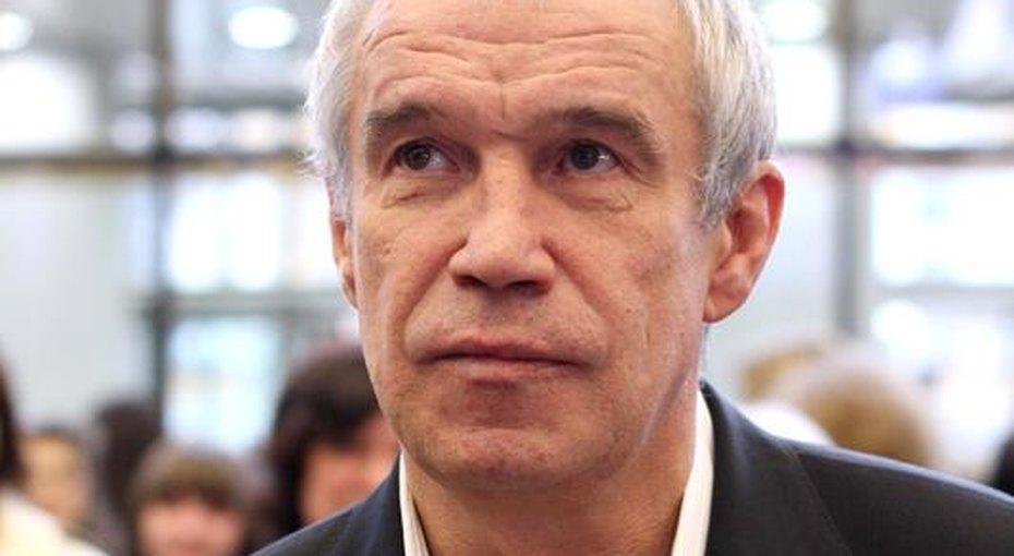 «Это мой дом, оставлять который тяжело ибольно»: Сергей Гармаш обуходе изтеатра «Современник»