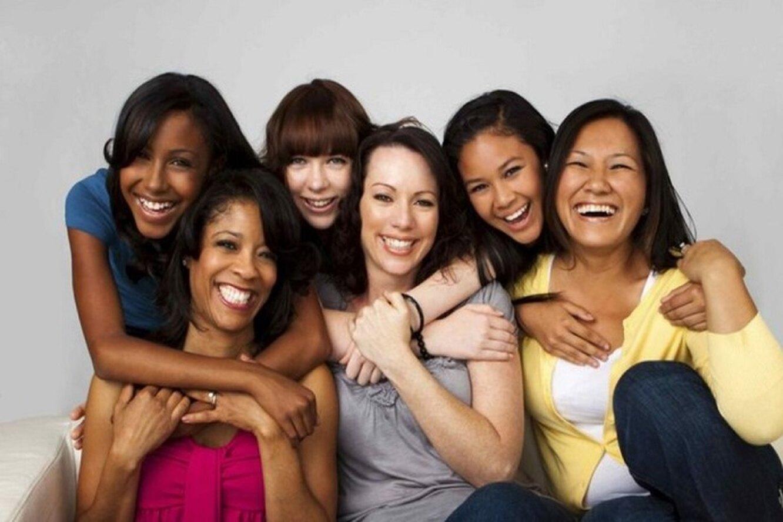 женщины разных рас